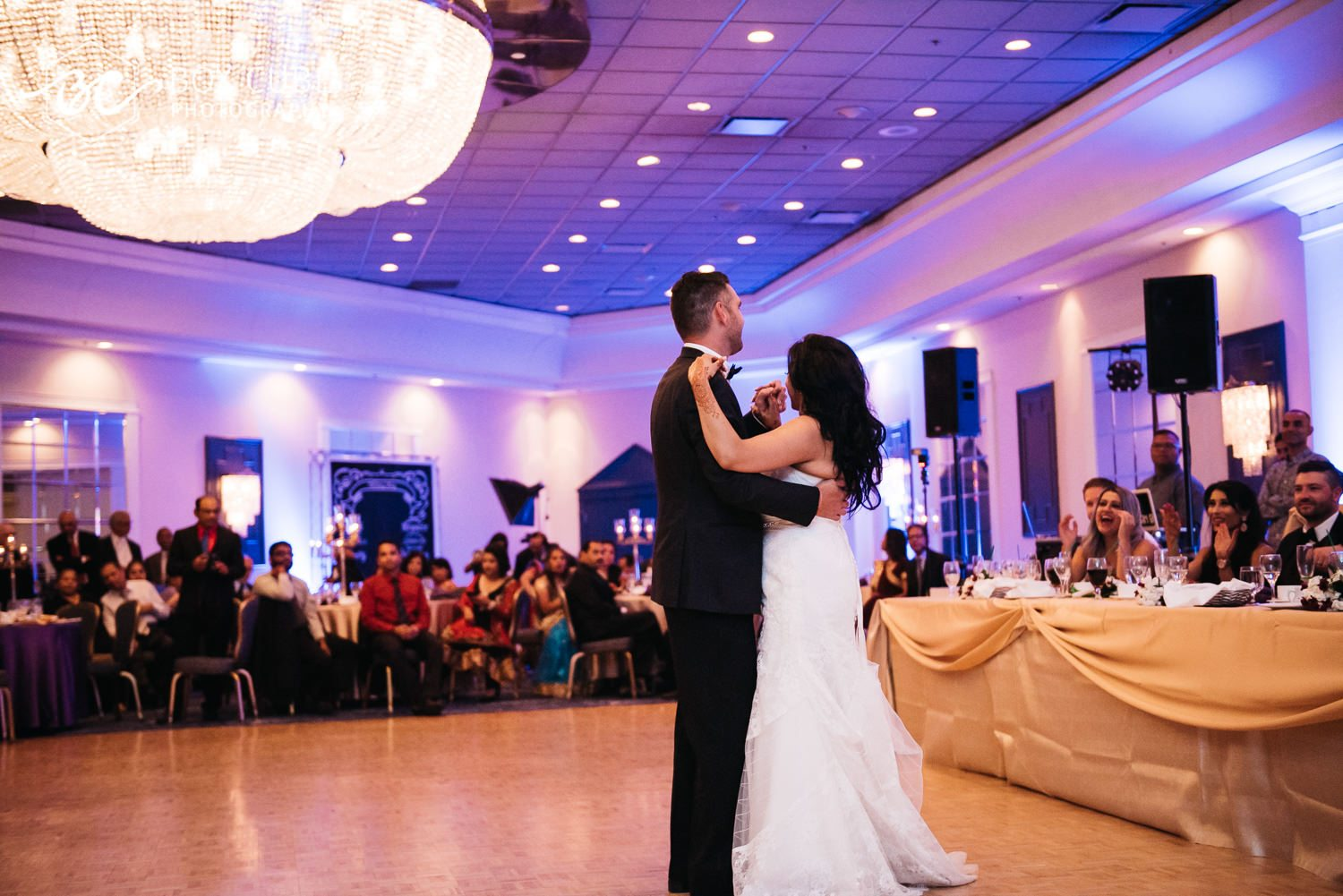 edmonton wedding photo ballroom chandelier photo