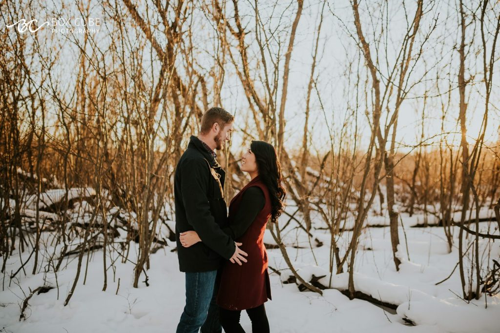 fort-edmonton-park-engagement-photos-box-cube-photography-00
